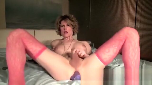 Mature tranny uses dildo mature tranny uses